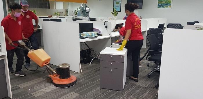 Dịch vụ vệ sinh công nghiệp Clean House