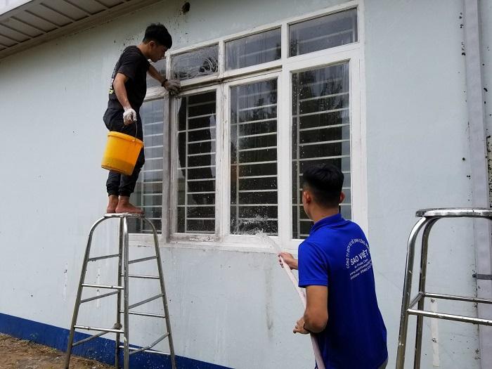 Dịch vụ vệ sinh công nghiệp HomeClean