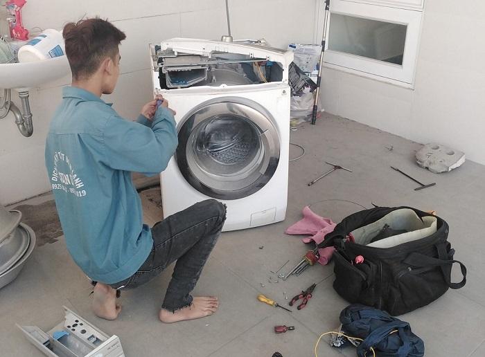 Dịch vụ vệ sinh máy giặt Điện lạnh Phạm Văn
