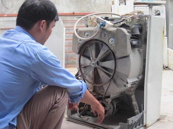 Dịch vụ vệ sinh máy giặt Hùng Cường