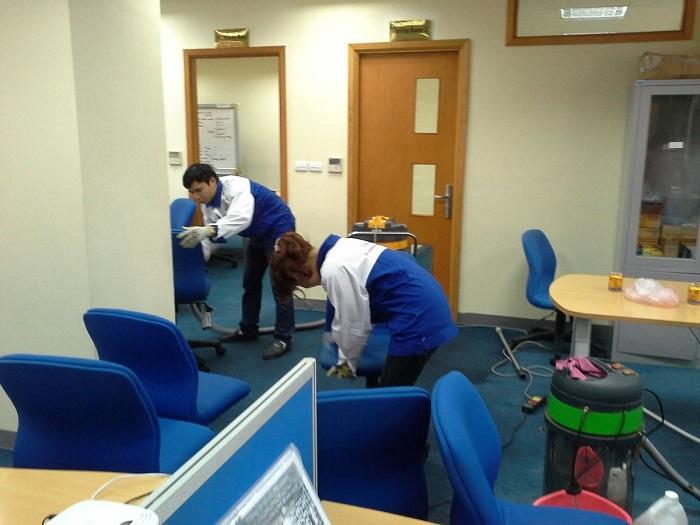 Dịch vụ vệ sinh văn phòng TKT Cleaning